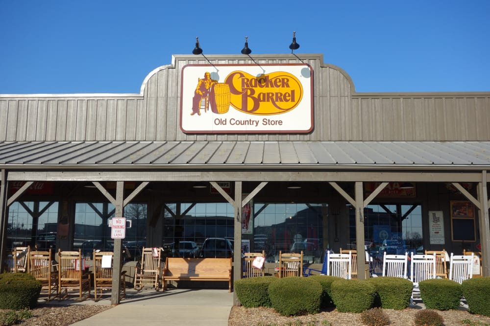 Cracker barrel old country store closed 28 photos 34 for Old fashioned general store near me