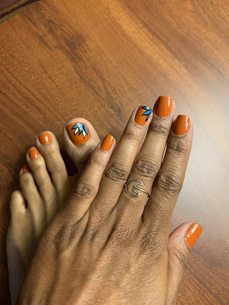 Tammy's Nails & Day Spa: 7858 Turkey Lake Rd, Orlando, FL