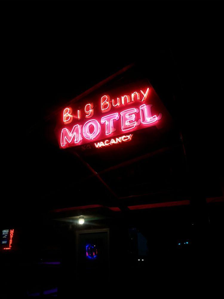 Big Bunny Motel: 6218 W Colfax Ave, Lakewood, CO