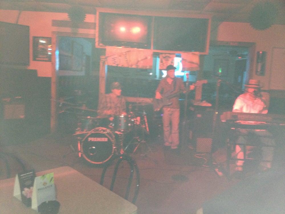 Aj's Sports Bar & Grill: 7210 Ulmerton Rd, Largo, FL