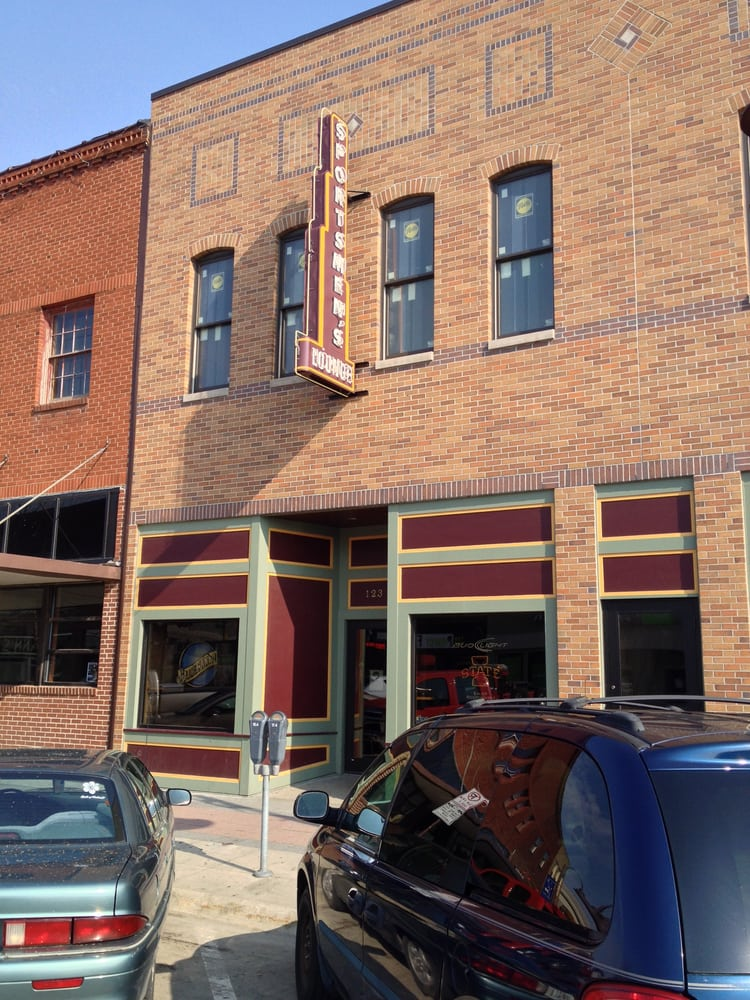 Sportsman Lounge: 123 Main St, Ames, IA