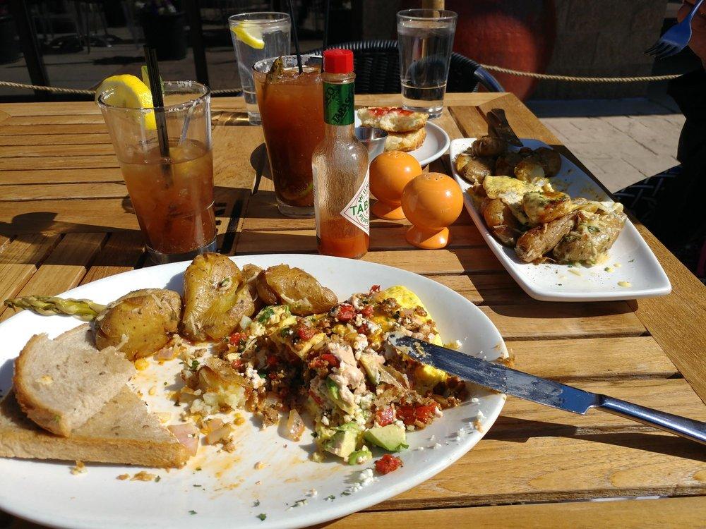 Grit American Cuisine: 360 S Eagle Rd, Eagle, ID