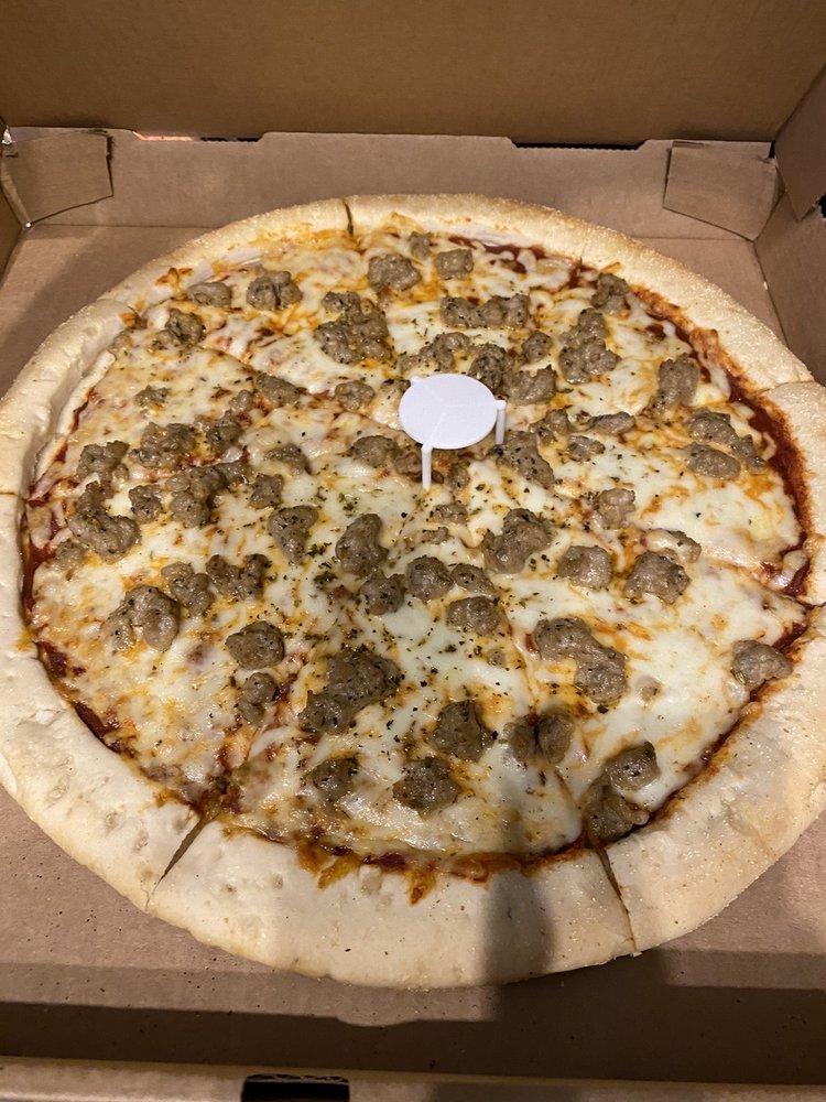 CNR Cafe & Pizzeria: 2780 N Florida Ave, Hernando, FL