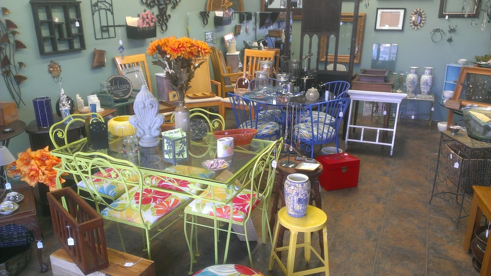 Urban Upcycle: 4689 Voltaire St, San Diego, CA