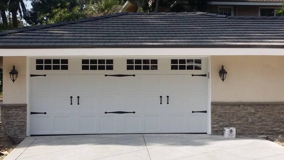 Deluxe Garage Doors 72 Photos Amp 18 Reviews Garage Door