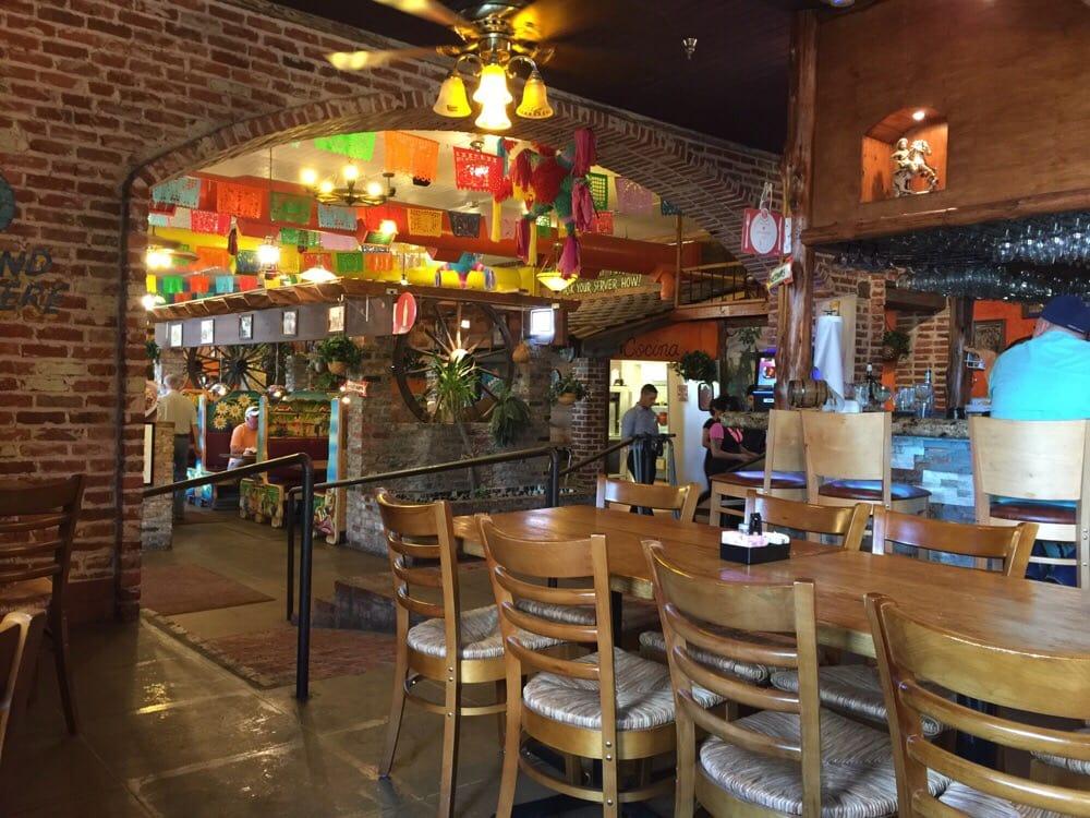 Leguas Mexican Restaurant Conroe Tx
