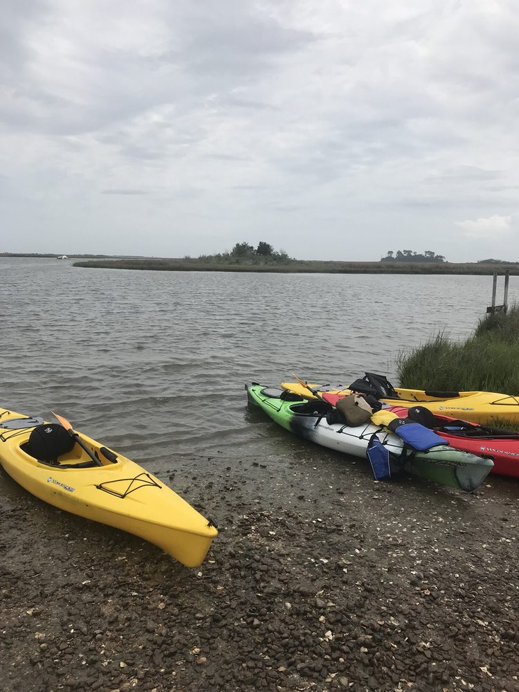 Bay Country Kayaking: 1000 Lakeshead Dr, Williamsburg, VA