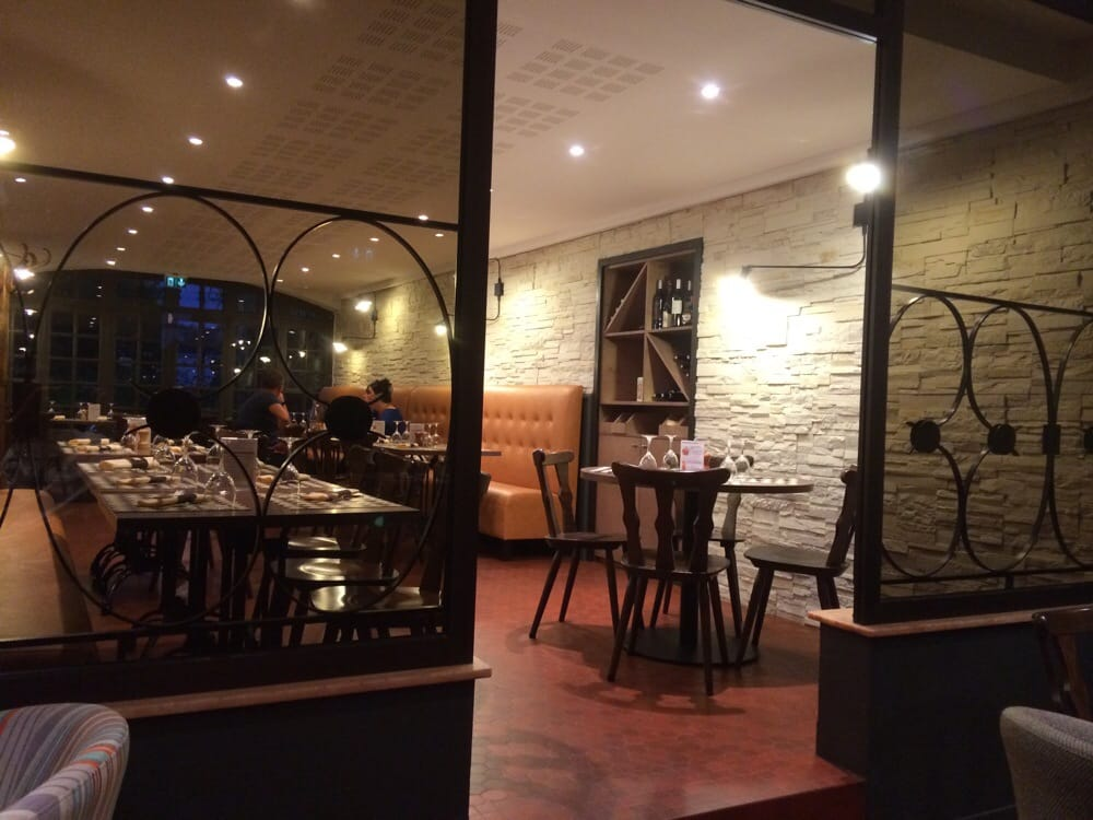 Restaurant La Villa Roma A Sautron