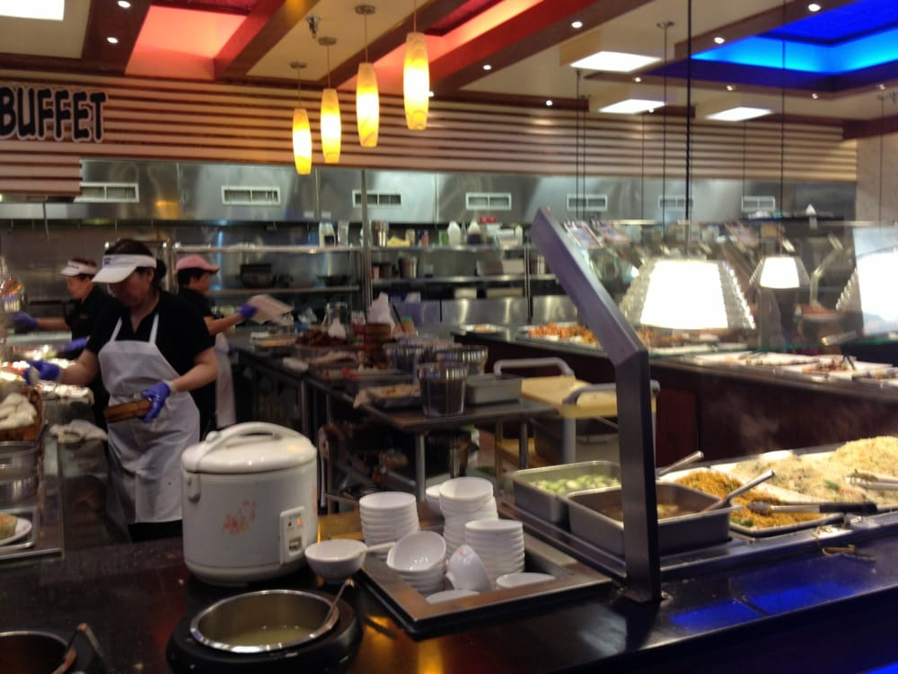 Hoffman Estates (IL) United States  city pictures gallery : Royal Buffet Hoffman Estates, IL, United States. Behind the buffet ...