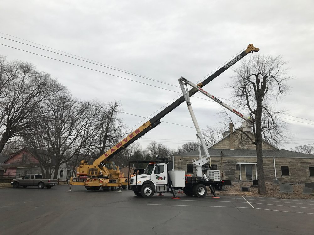 Rob's Tree Service: 2104 S Stagecoach Rd, Scottsburg, IN