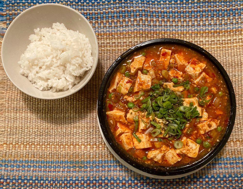 Fuse Box - An Asian Eatery: 8961 Ox Rd, Lorton, VA