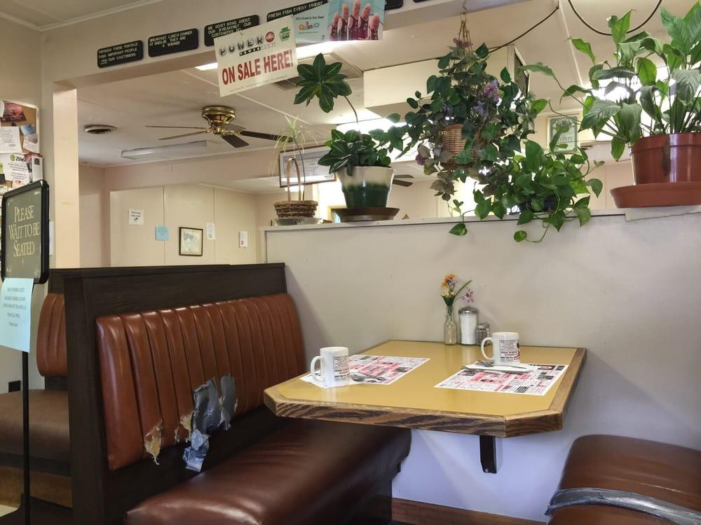 Sheila's Restaurant: 25 State St, Baden, PA
