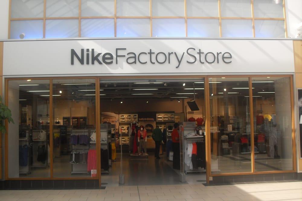 Nike Factory Shop: St Nicholas Ave, York, NYK