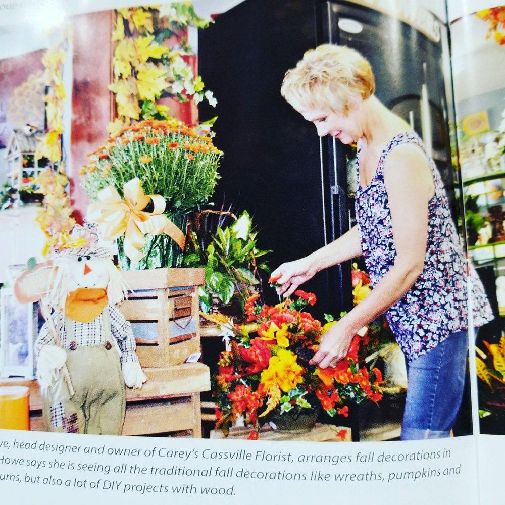 Carey's Cassville Florist: 200 W First St, Cassville, MO