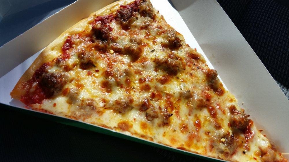 Paisano's Pizza & Grill: 106 N Main St, Elburn, IL