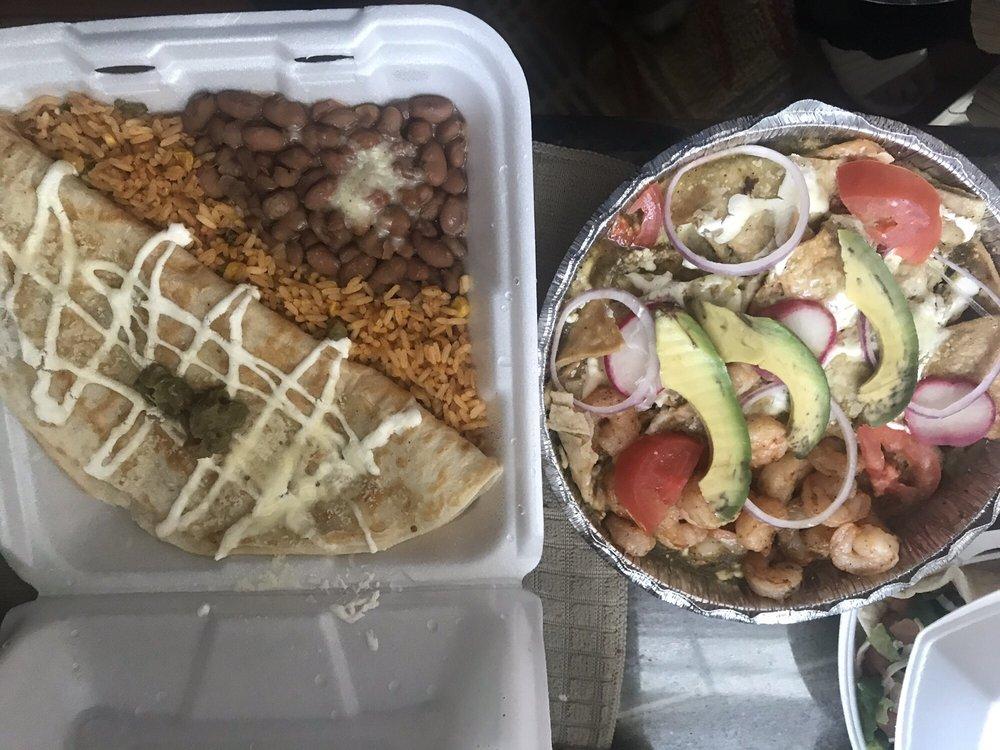 Food from El Charro Negro