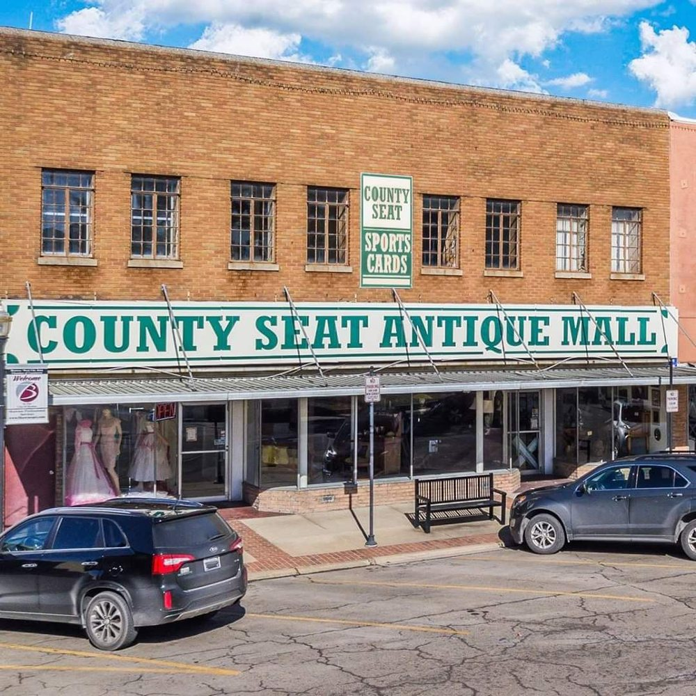 County Seat Antique Mall: 303 Public Square, Benton, IL