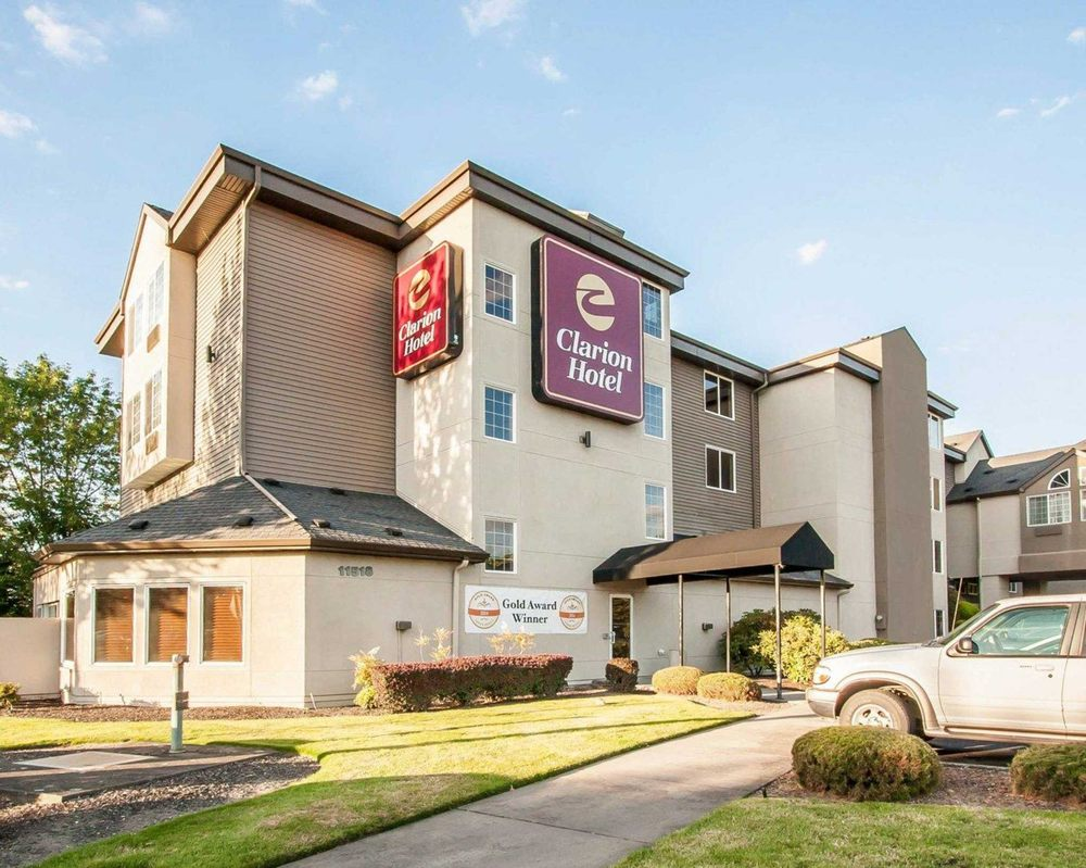 Clarion Airport Hotel Portland Me Address