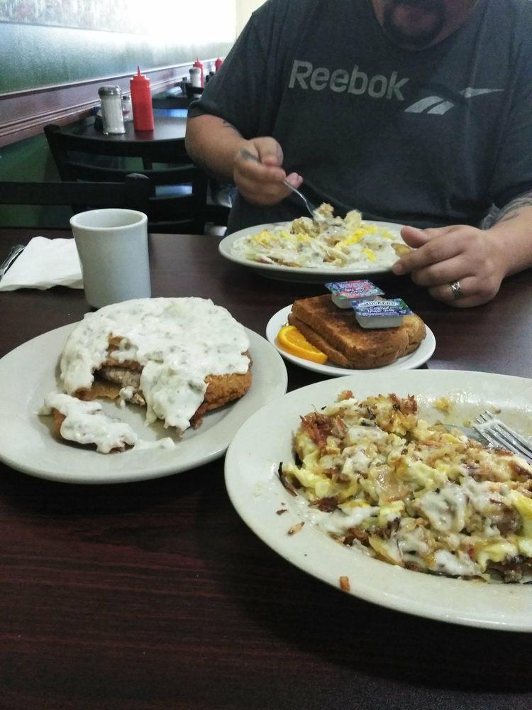Happy's Kountry Kitchen: 28479 Old US Hwy 33, Elkhart, IN