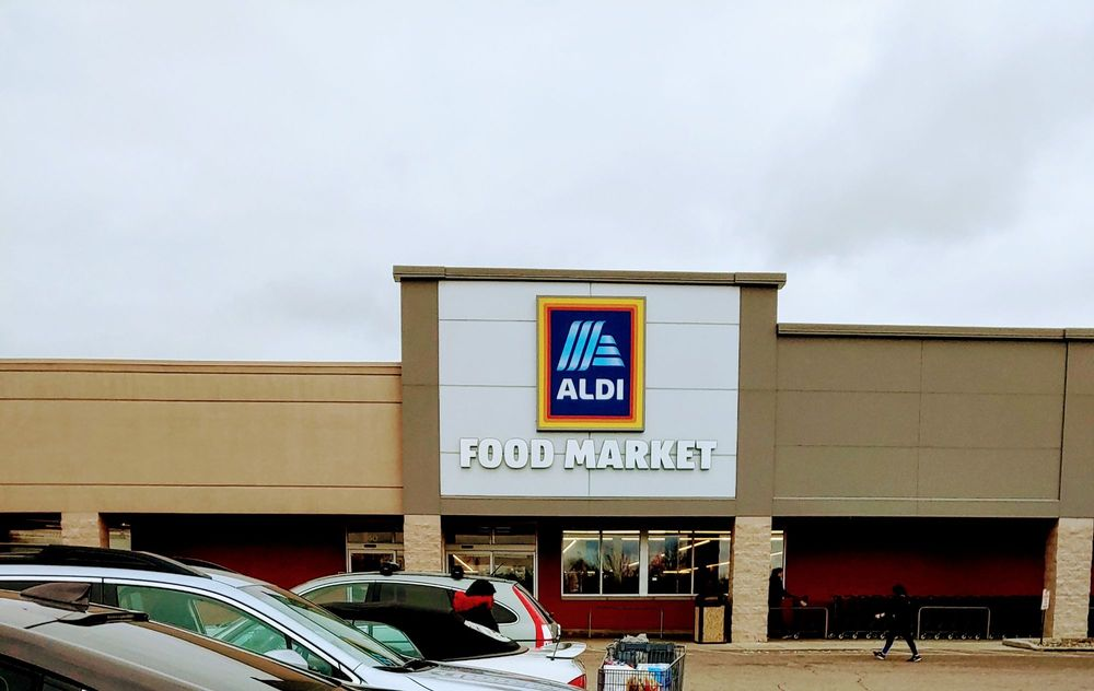 ALDI: 10400 Reading Rd, Evendale, OH