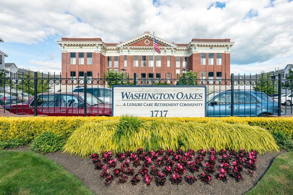 Washington Oakes: 1717 Rockefeller Ave, Everett, WA