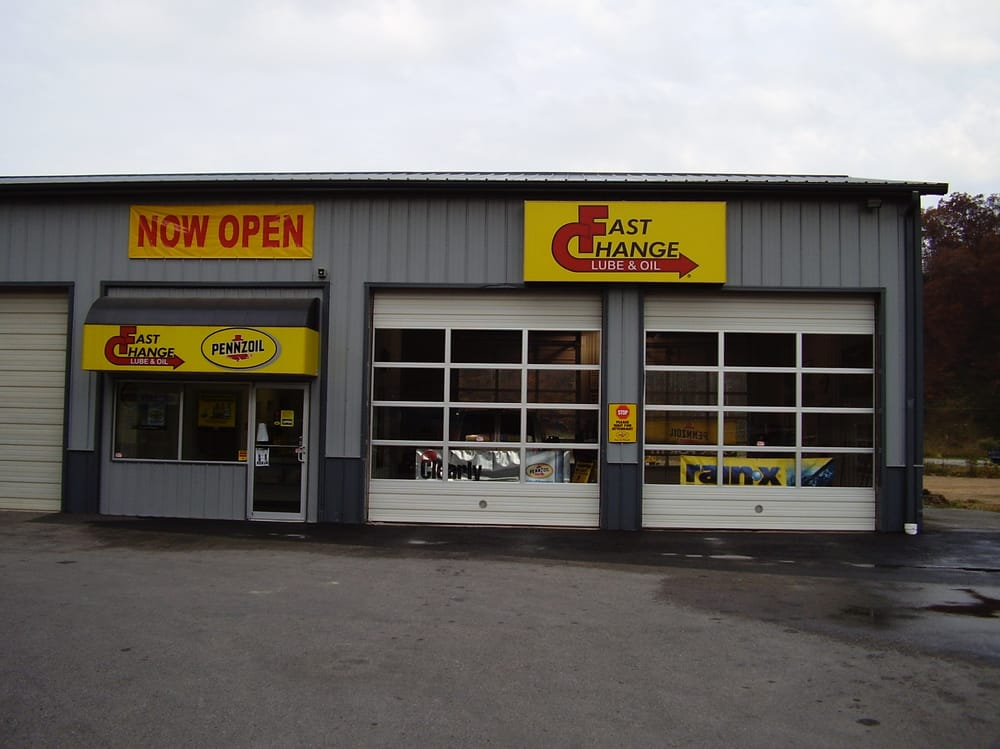 Fast Change Lube and Oil: 324 W Main St, Inez, KY