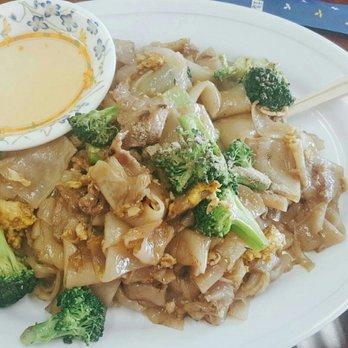 168 Thai Kitchen Closed 32 Photos 16 Reviews Thai 3831 Main St Springfield Or