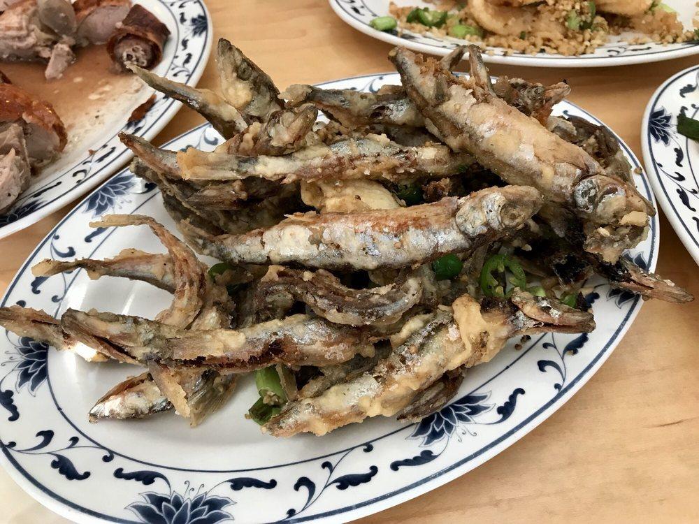 Hong Kong Barbecue: 1048 S Federal Blvd, Denver, CO
