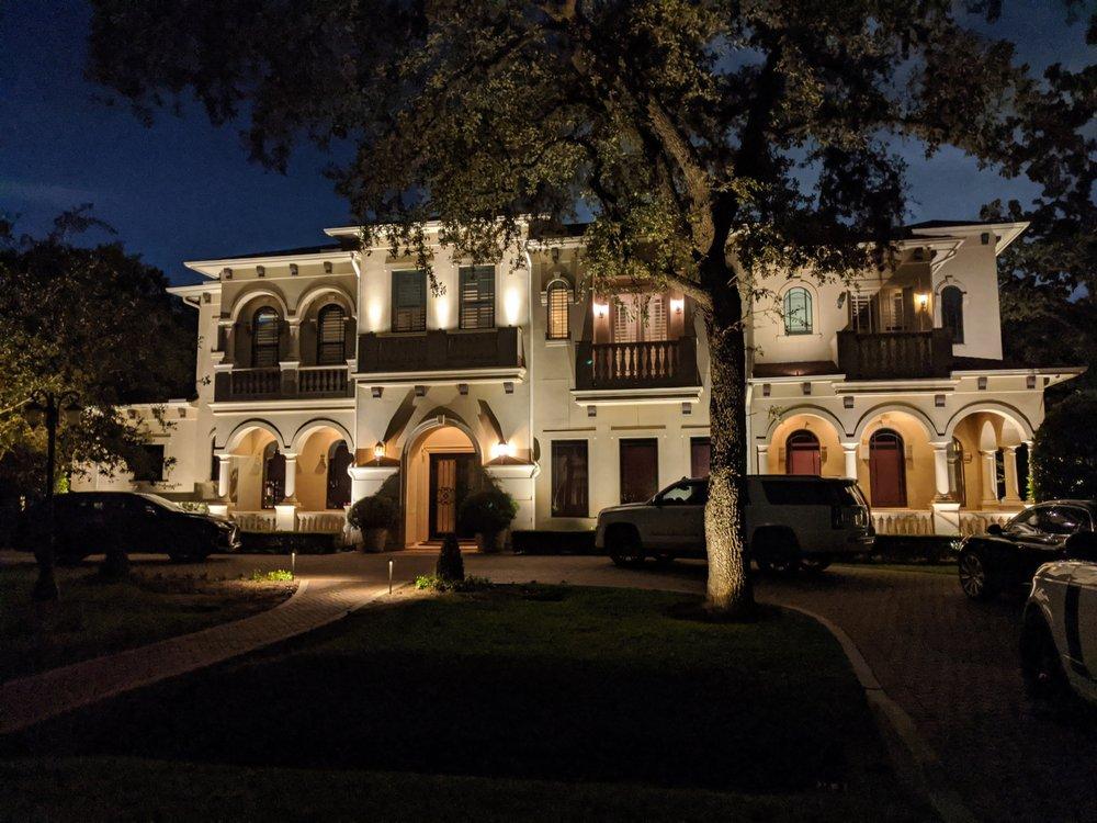 Outdoor Lighting Perspectives - Houston: Houston, TX