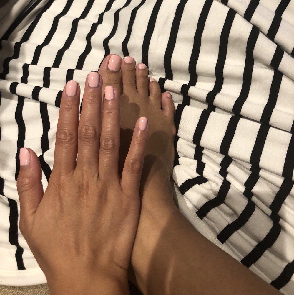 Nails & Toes Spa