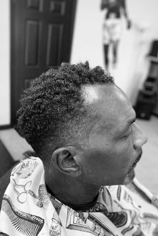 Good News Barber Shop LLC: 9526 S Main St, Jonesboro, GA