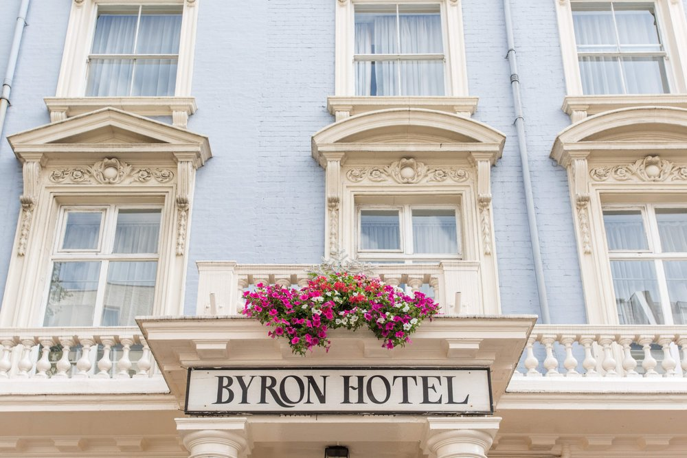 Byron hotel hotel 36 38 queensborough terrace for Queensborough terrace