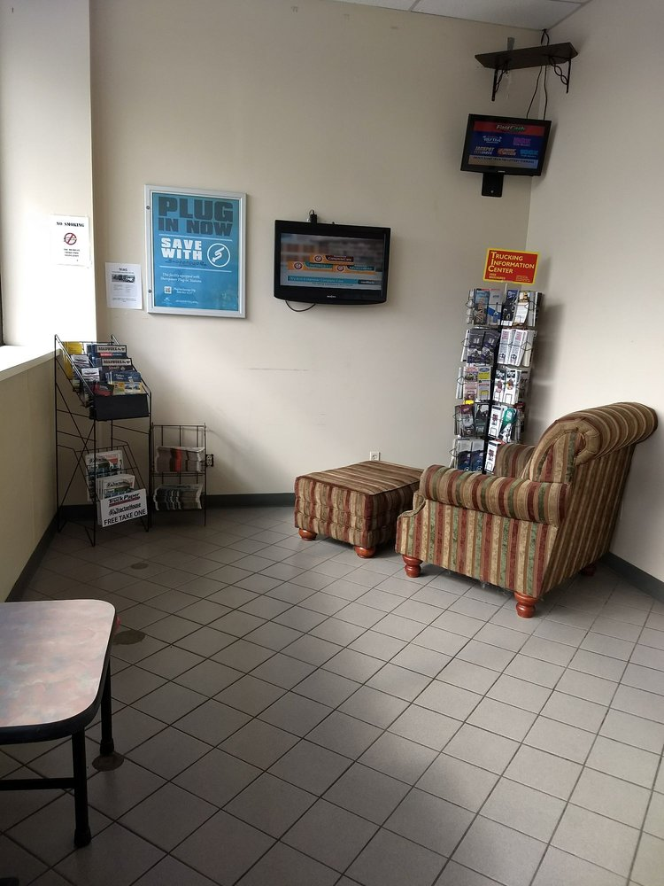 Parma Travel Center: 12301 W Michigan Ave, Parma, MI