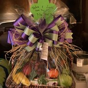 demi s gift baskets 29 photos 16 reviews gift shops