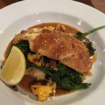 The reel fish shop grill 86 photos 91 reviews bars for Reel fish sonoma