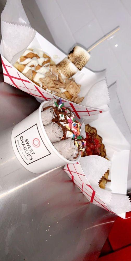 Sweet Charlie's: 3336 Hillside Ave, New Hyde Park, NY