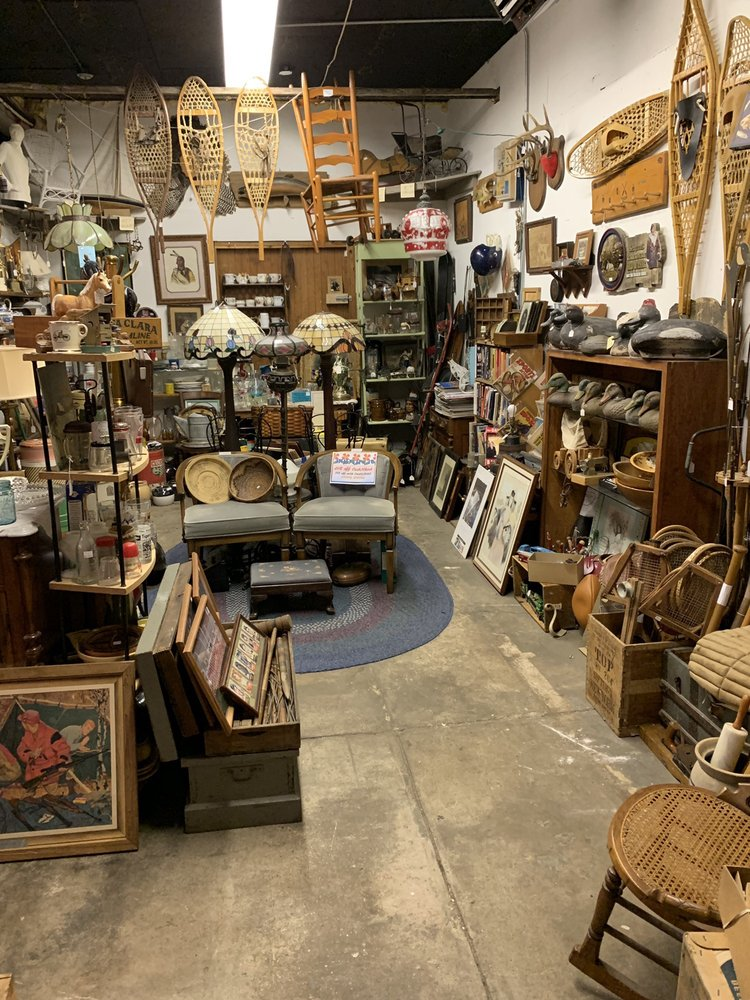 Burgess Antique Center: 67 E Battle Creek St, Galesburg, MI