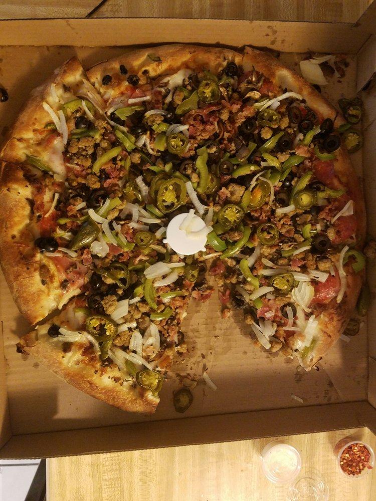 Pisa Pizza: 2075 E Highland Ave, San Bernardino, CA