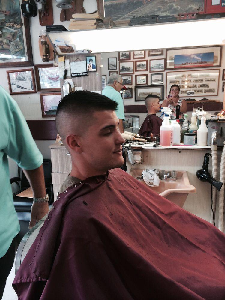 Dean's Barber Shop: 119 Lindemann Ave, Dupo, IL