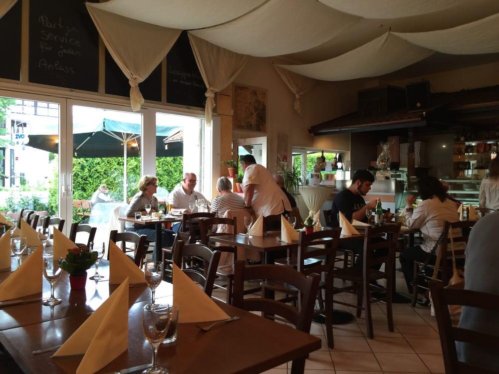 Casalucis der singende koch geschlossen 12 fotos for Koch italienisch
