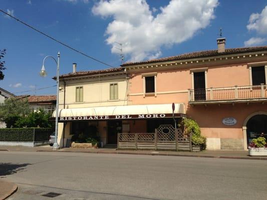 Ristorante del moro cucina italiana via roma 8 for L esterno del ristorante sinonimo