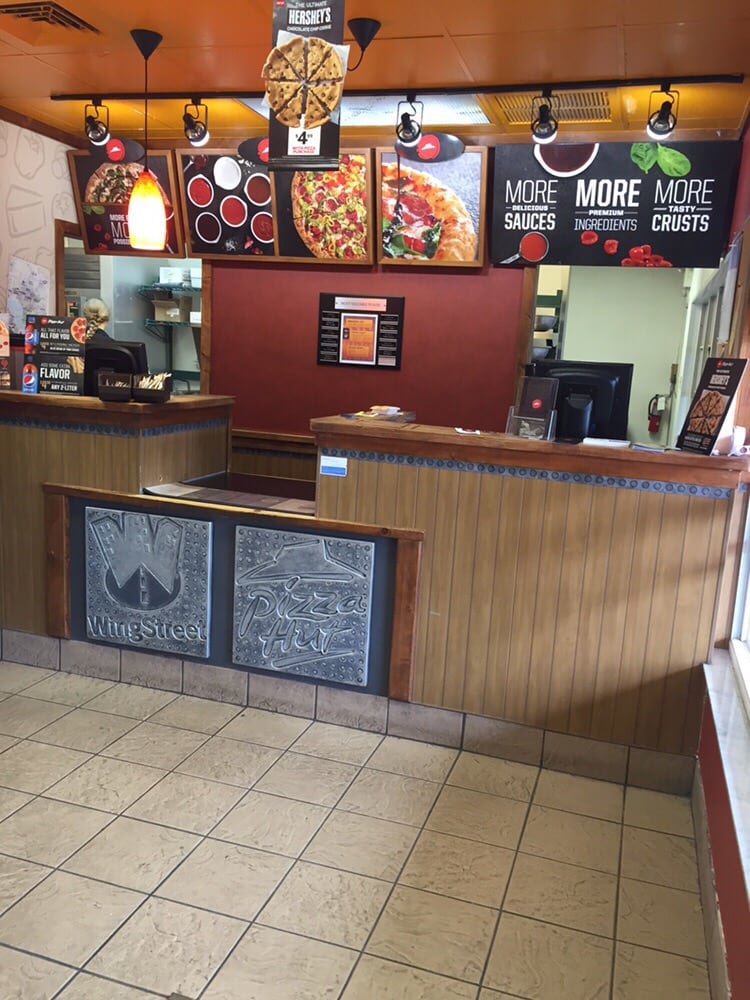 Pizza hut pizzer a 5263 ehrlich rd carrollwood tampa for Oficinas de pizza hut