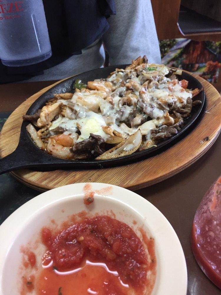 Juanito's Mexican Restaurant: 801 N Washington St, Bastrop, LA