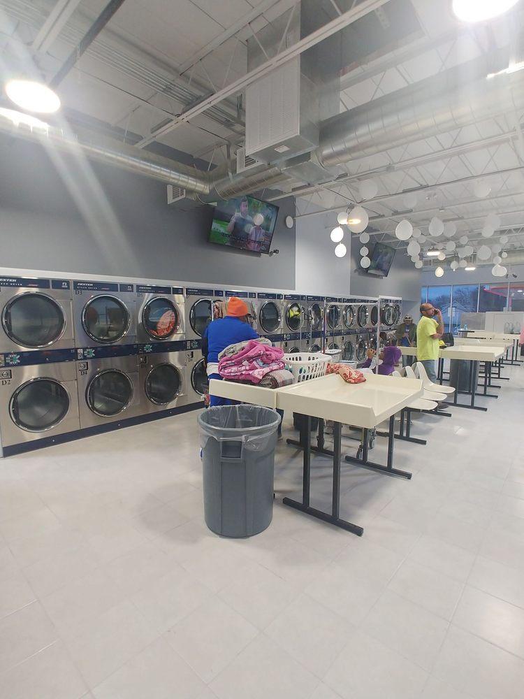 Crowley Laundromat: 101 N Crowley Rd, Crowley, TX
