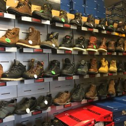 Work Boot Warehouse - 17 Photos & 34 Reviews - Shoe Stores - 5760 ...