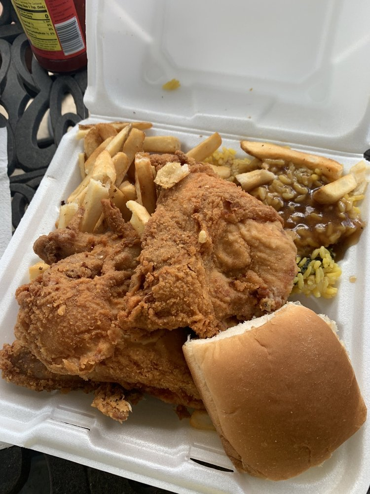 Mike's Drive In: 1055 US Hwy 17 S, Bartow, FL