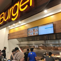 Caliburger Seattle U District Order Food Online 360 Photos 516 Reviews Burgers University Wa Phone Number Menu Yelp