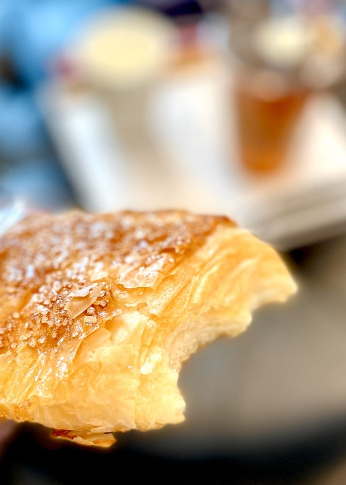 JJ Bakery & Cafe: 18558 Gale Ave, City of Industry, CA