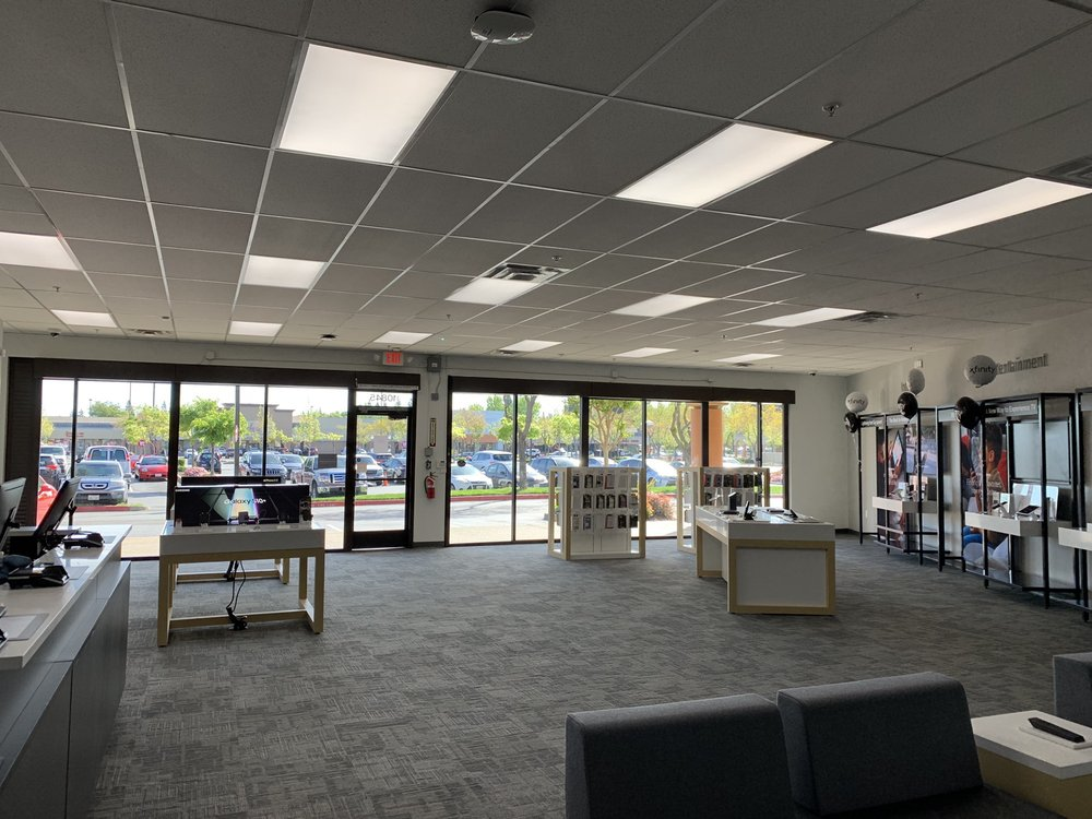 Xfinity Store by Comcast Dealer: 10845 Olson Dr, Rancho Cordova, CA