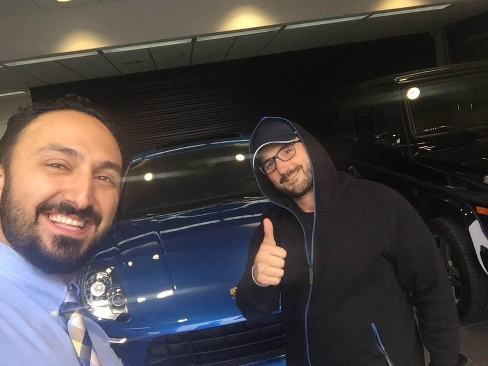 Herb Chambers Porsche >> A Great Day Picking Up My New Macan From Amir At Herb Chambers